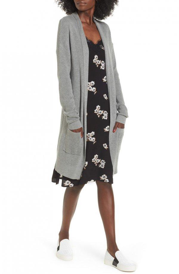 clothing, outerwear, fashion model, shoe, coat,