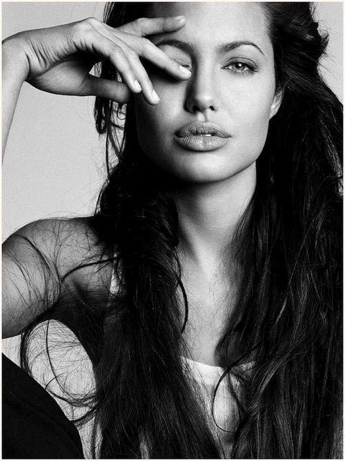 Fed Up >> Angelina Jolie - 17 Stunning Celebrity Black & White Photos ... …
