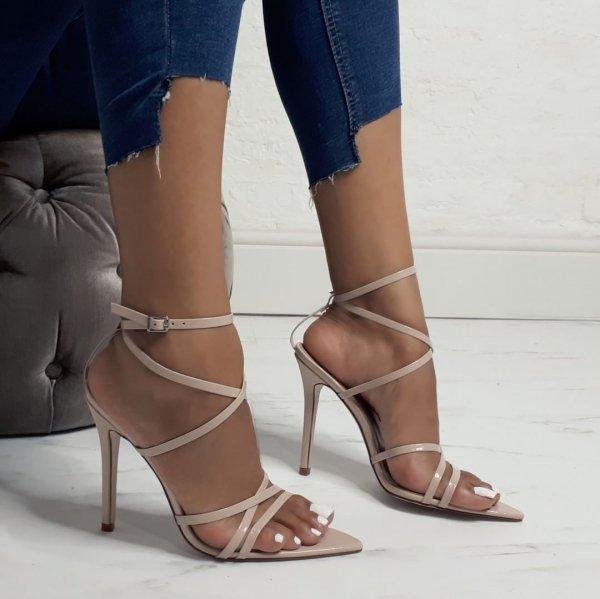 footwear, high heeled footwear, shoe, sandal, leg,