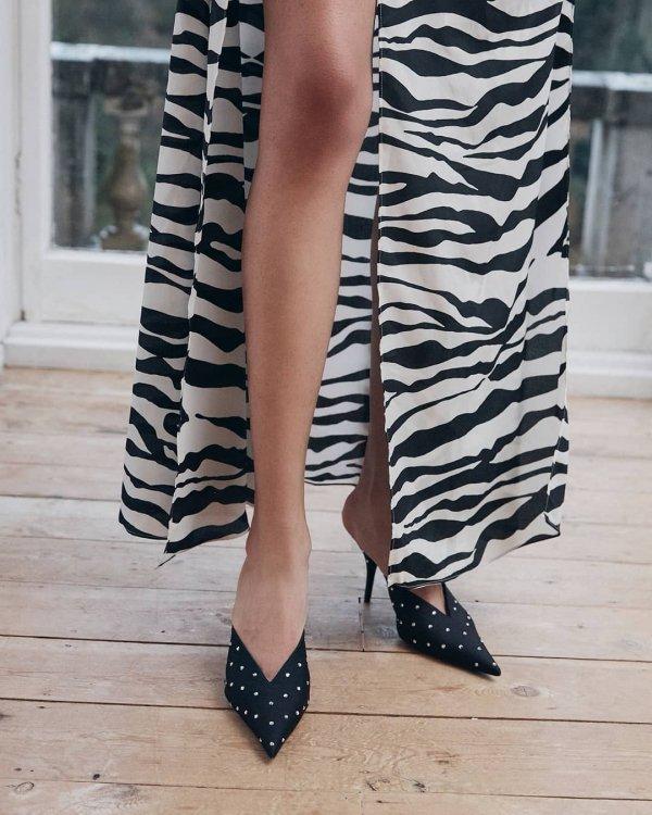Black, Footwear, Leg, Clothing, Black-and-white,