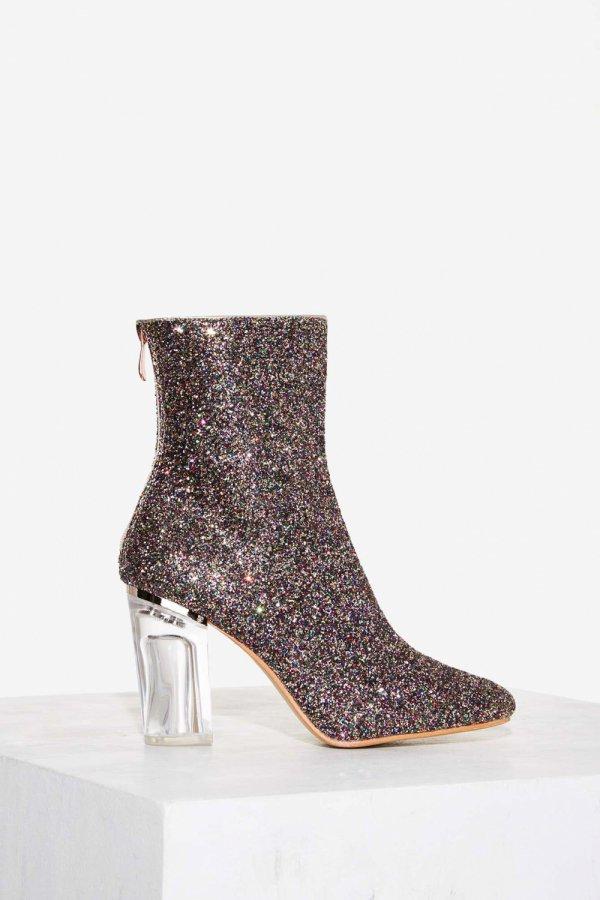 footwear, brown, boot, leather, leg,