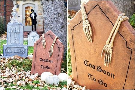 Skully Tombstones