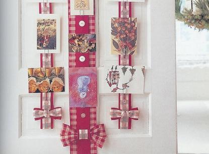 9 darling diy holiday greeting card holders diy 1 ribbon ribbon looking for a diy holiday greeting card holder m4hsunfo