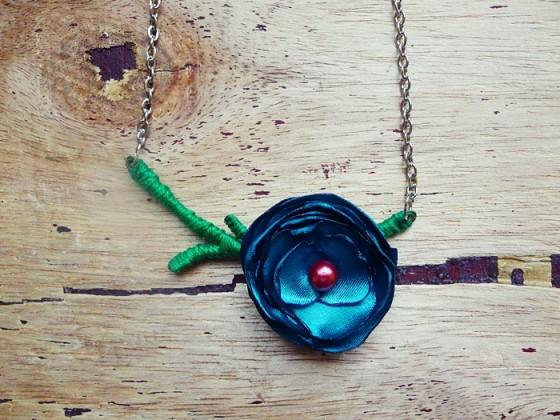 Single Stem Rosette Necklace
