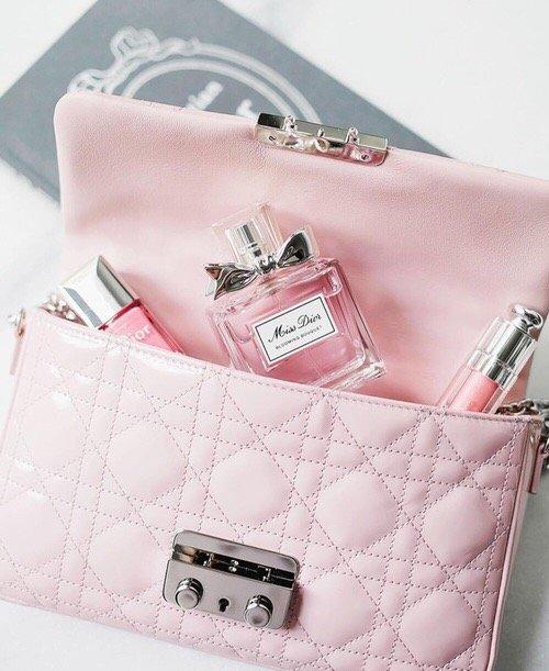 handbag, pink, bag, fashion accessory, product,