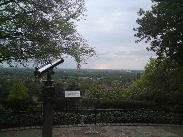 King Henry's Mound, Richmond Park