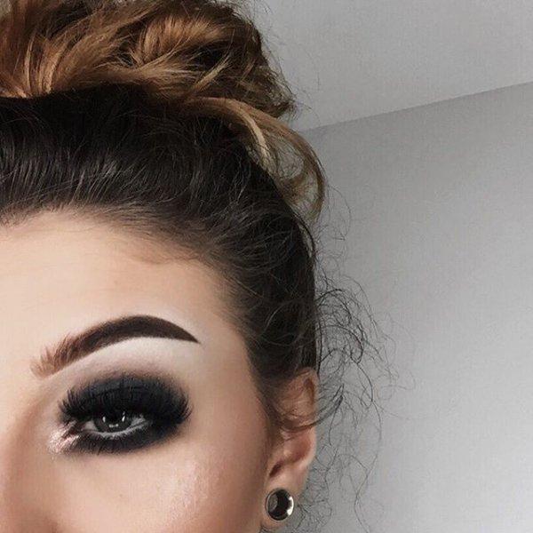 eyebrow, hair, hairstyle, forehead, eyelash,