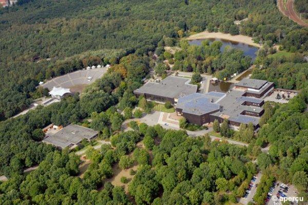 FEZ (Wuhlheide Kinder-, Jugend-und Familienzentrum)