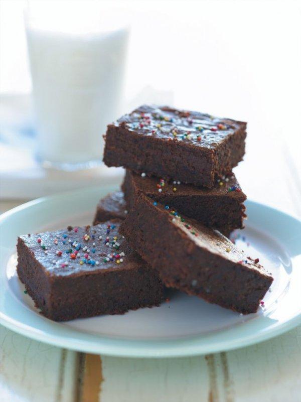 chocolate brownie, snack cake, fudge, chocolate, dessert,
