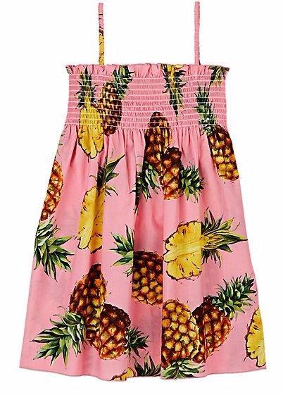 clothing,pink,handbag,pattern,sleeve,