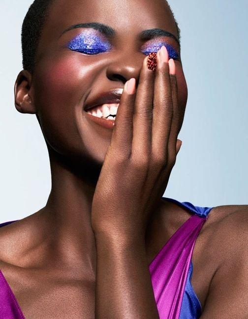 With Bright, Bold Eyeshadow!
