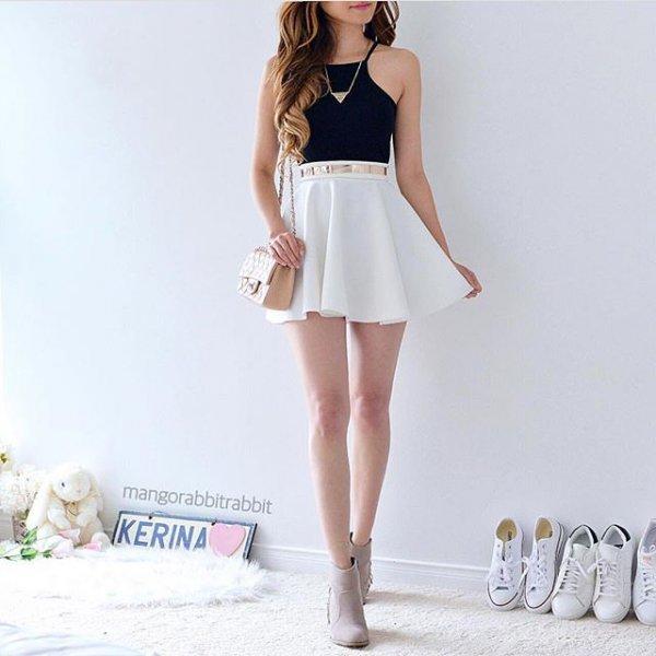 clothing, cocktail dress, leg, dress, sleeveless shirt,