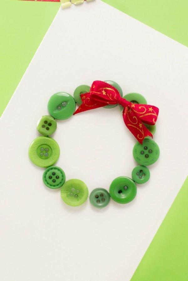 green,jewellery,bracelet,fashion accessory,petal,