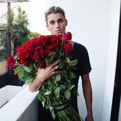 flower, flower arranging, floristry, plant, dress,