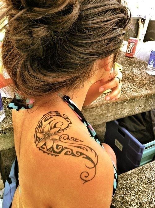 hair,tattoo,hairstyle,arm,human body,