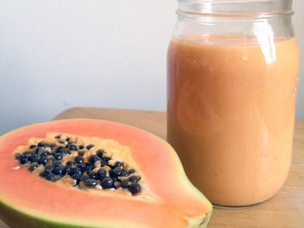 Papaya and Tropical Fruit Smoothie