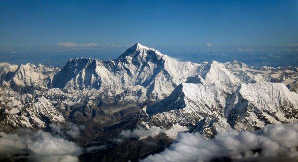 Mountainous landforms, Mountain, Mountain range, Ridge, Massif,