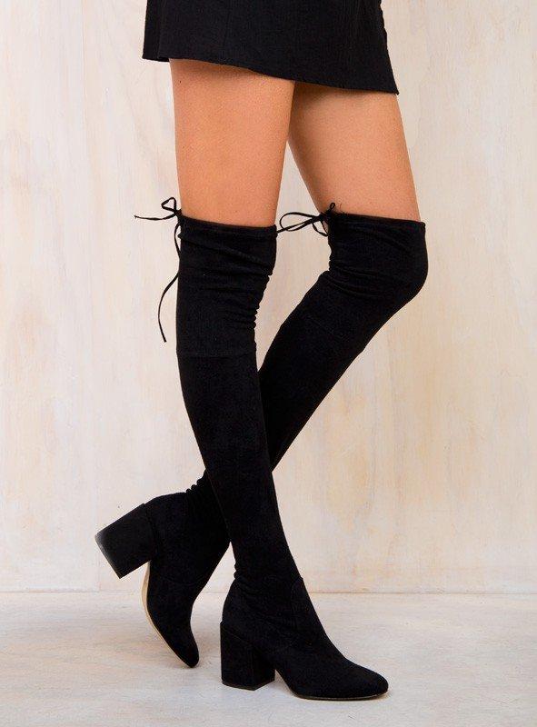 footwear, clothing, leg, high heeled footwear, thigh,