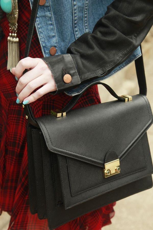 bag,handbag,red,leather,fashion accessory,