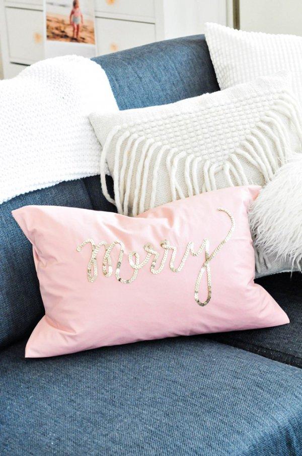 furniture, duvet cover, bed sheet, textile, pillow,