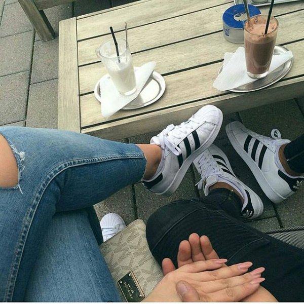 footwear, leg, arm, shoe,