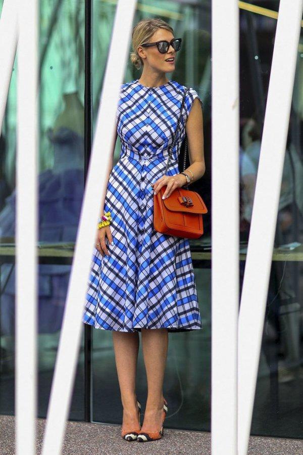 clothing,blue,yellow,dress,pattern,