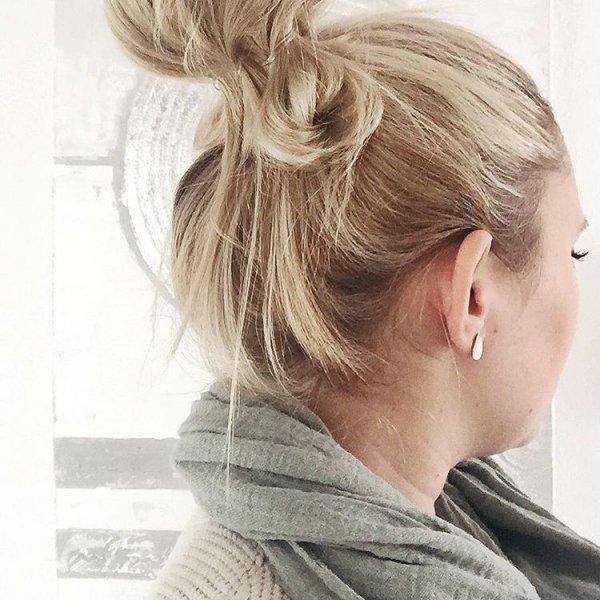 Isabelle's Blonde Bun