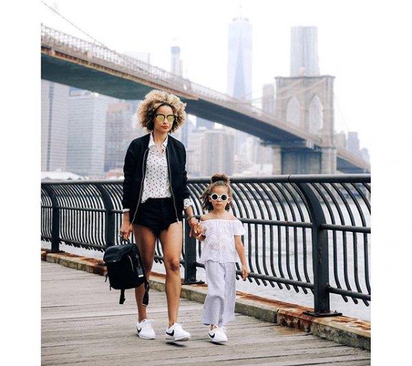 Brooklyn Bridge, clothing, footwear, outerwear, fashion,