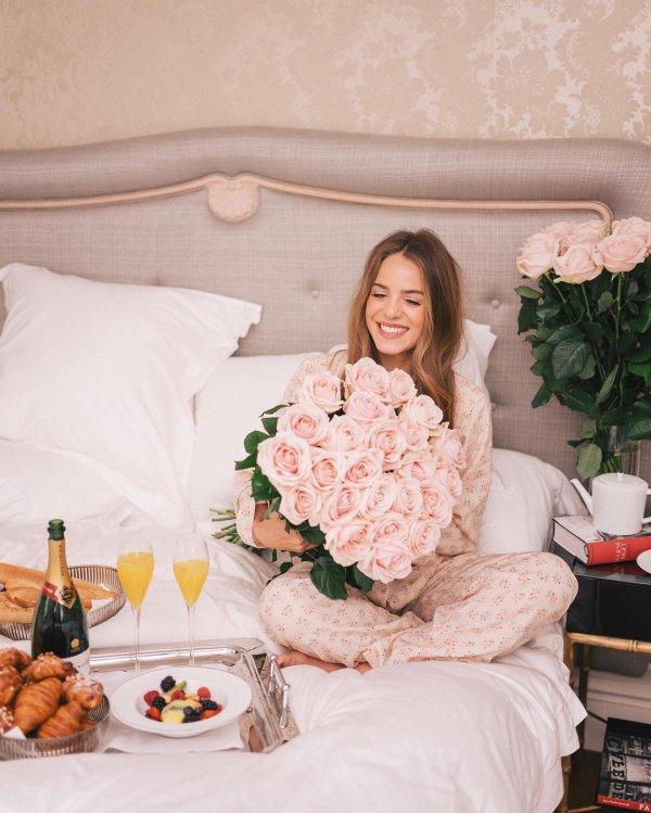 flower, flower bouquet, flower arranging, floristry, bride,