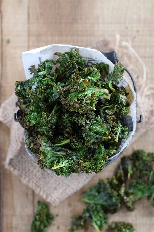 leaf vegetable, vegetable, kale, vegetarian food, herb,