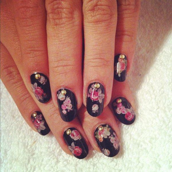 nail, manicure, finger, acrylic paint, pattern,