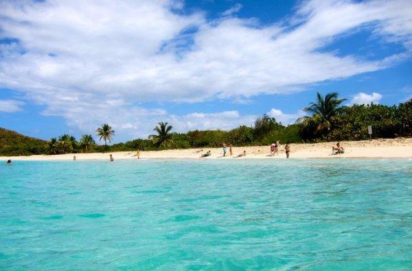 Playa Tortuga Culebrita Puerto Rico