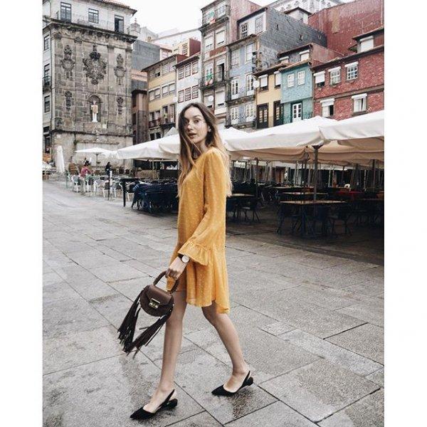 Ribeira Square, clothing, footwear, dress, fashion,