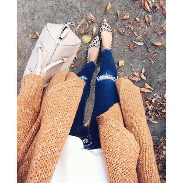 clothing, footwear, outerwear, arm, pattern,
