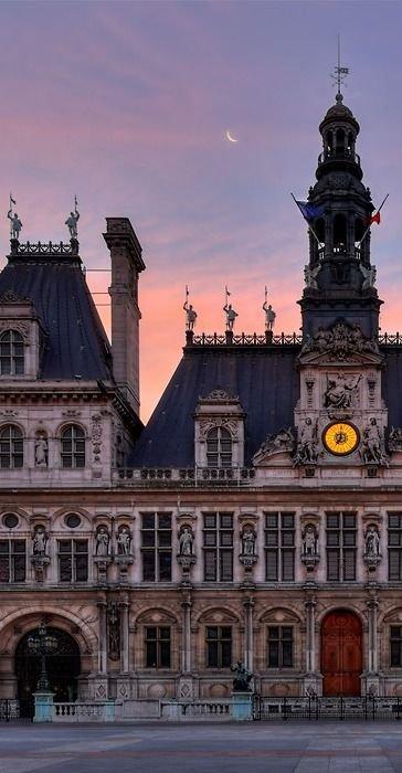 Hôtel de Ville,landmark,city,building,town,