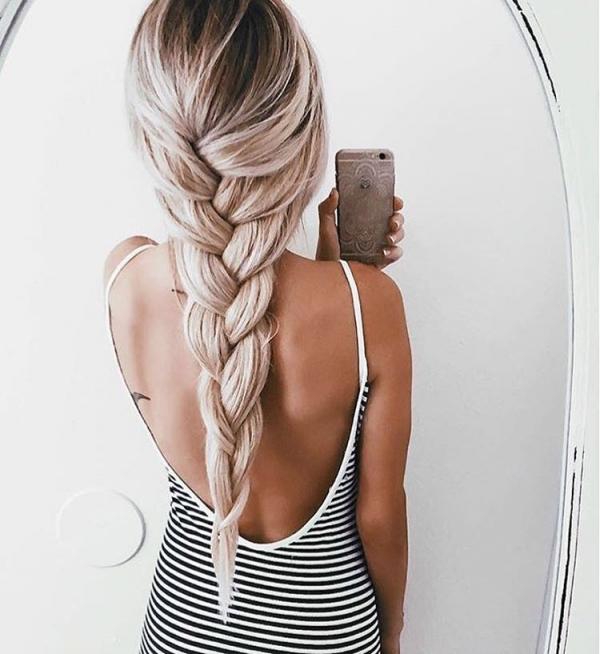 hair,hairstyle,blond,long hair,muscle,