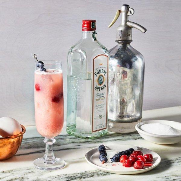 Drink, Alcoholic beverage, Distilled beverage, Food, Liqueur,