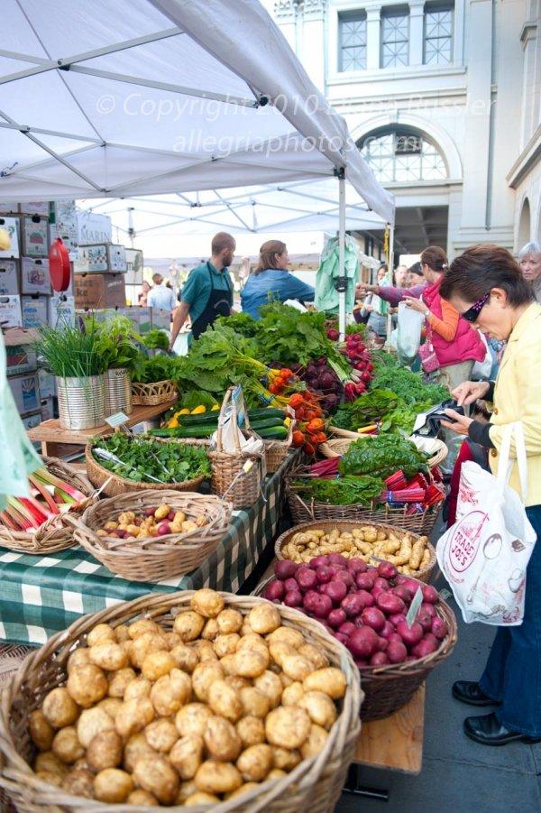 San Francisco, California Farmer's Market at Ferry Plaza