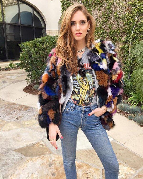 clothing,fur clothing,fur,outerwear,textile,