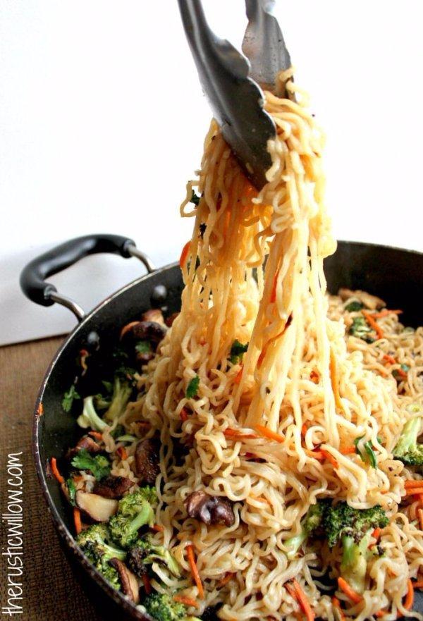 food,dish,cuisine,asian food,noodle,