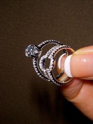 jewellery,ring,fashion accessory,finger,bracelet,