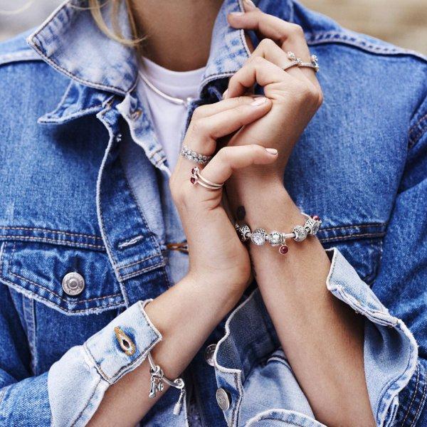blue, jewellery, fashion accessory, hand, shoulder,