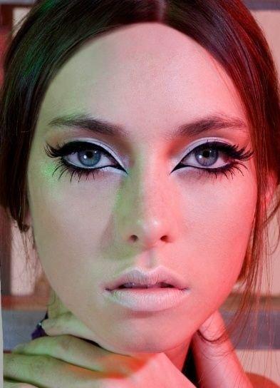 face,color,eyebrow,hair,cheek,