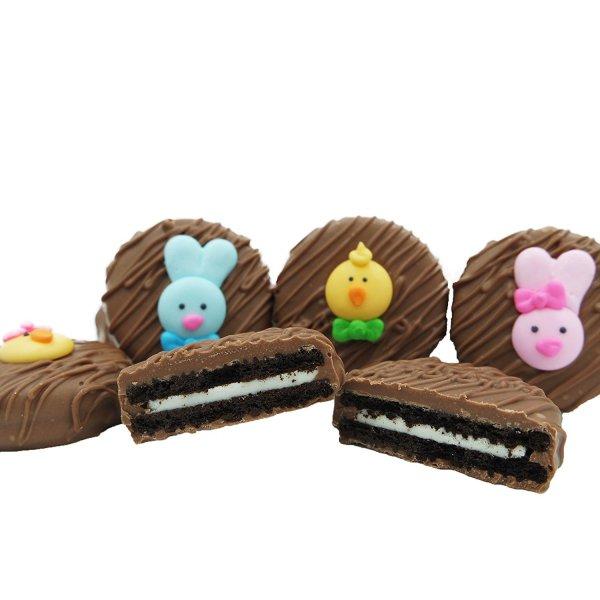 food, dessert, cake, cake decorating, snack food,