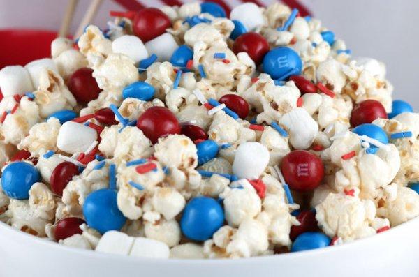 food, kettle corn, snack food, popcorn, dessert,