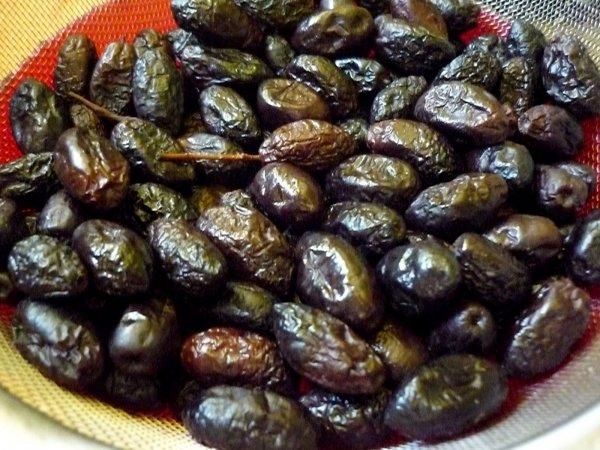 Moroccan Salt Cured Olives