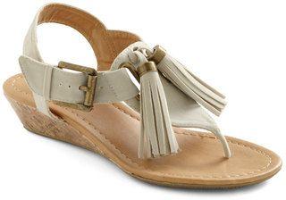 Grab Your Ecru Sandals