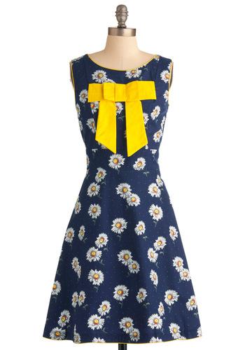 Daisy Day in Dress