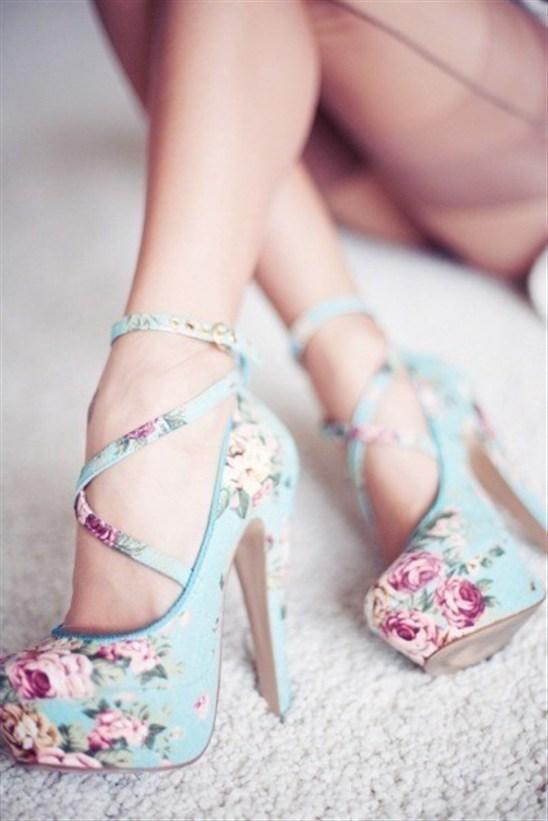 footwear,pink,shoe,leg,high heeled footwear,