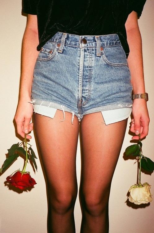 clothing,shorts,thigh,leg,fashion,